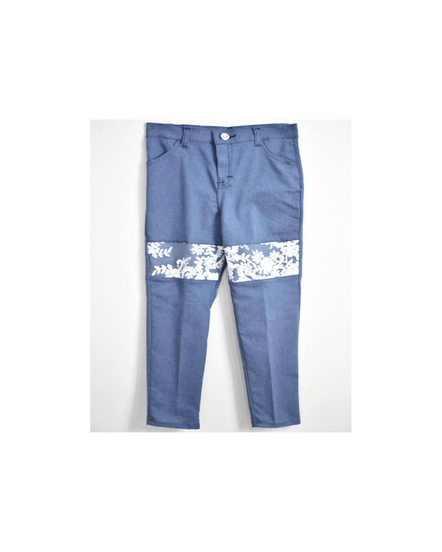 pantalon modelo bordado